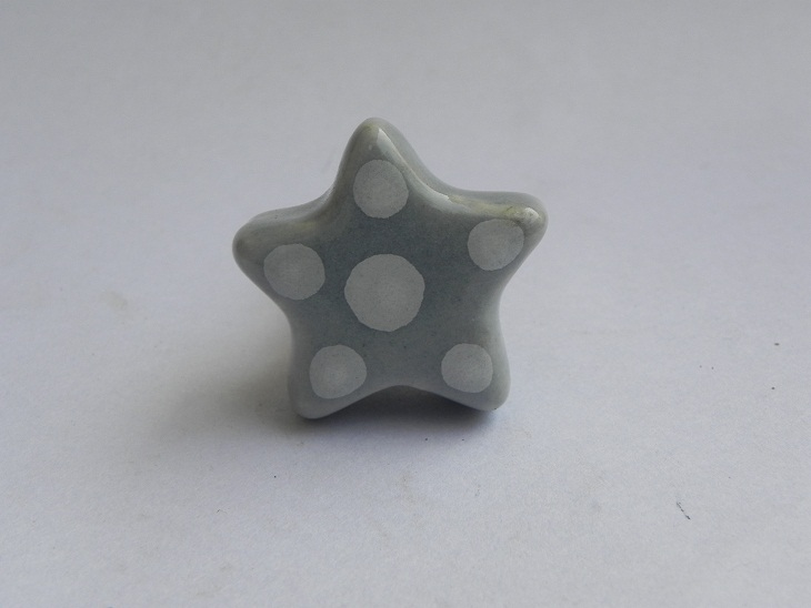Light Grey Dotted Star Shaped Knob