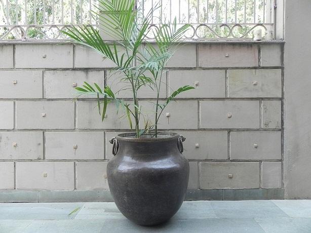 Vintage bronze planter - 25.5 x 25 inches