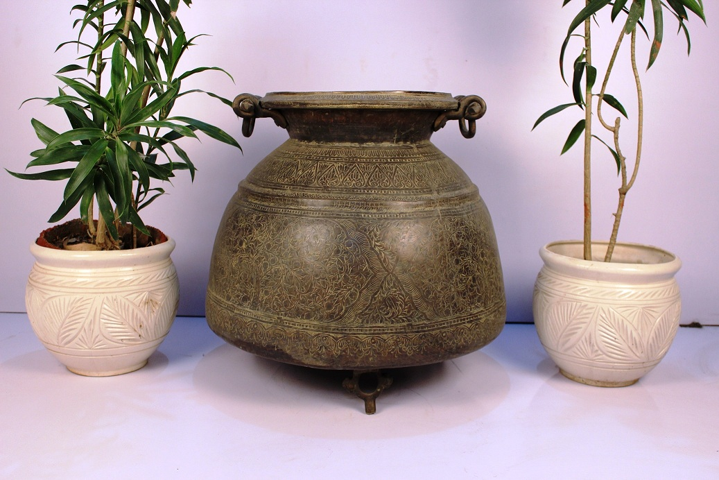 Bronze planter-25 x 25 inches