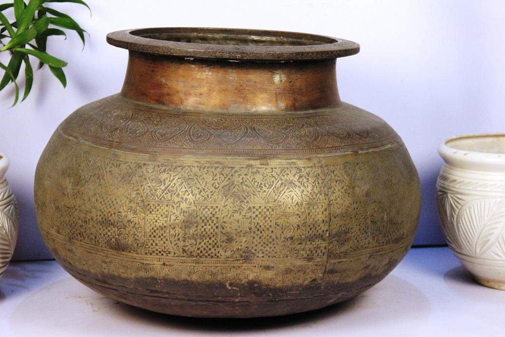 Copper Bronze Planter-19.5 X 27.5 Inches