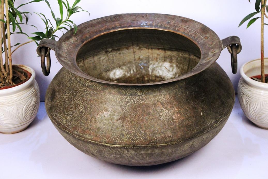 Bronze Planter-19.75 X 32 Inches