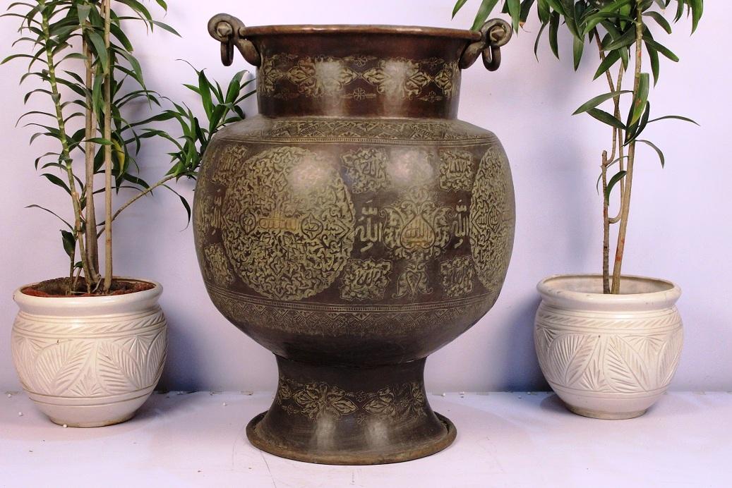 Bronze planter-31.5 x 23.25 inches