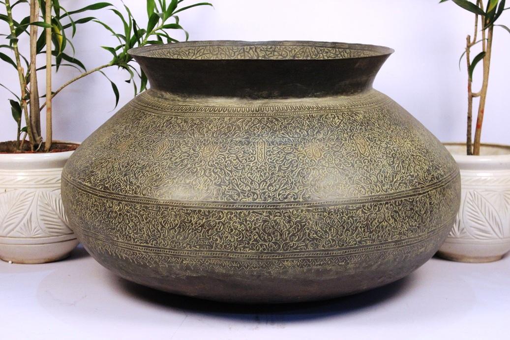 Bronze planter-21 x 33 inches