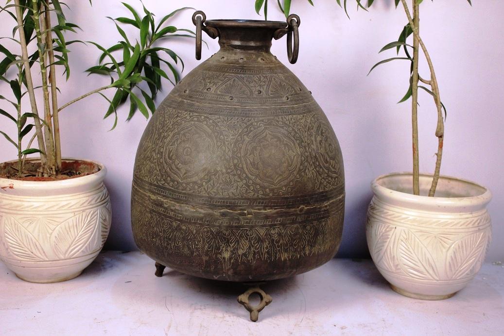 Bronze Planter-16 X 18 Inches