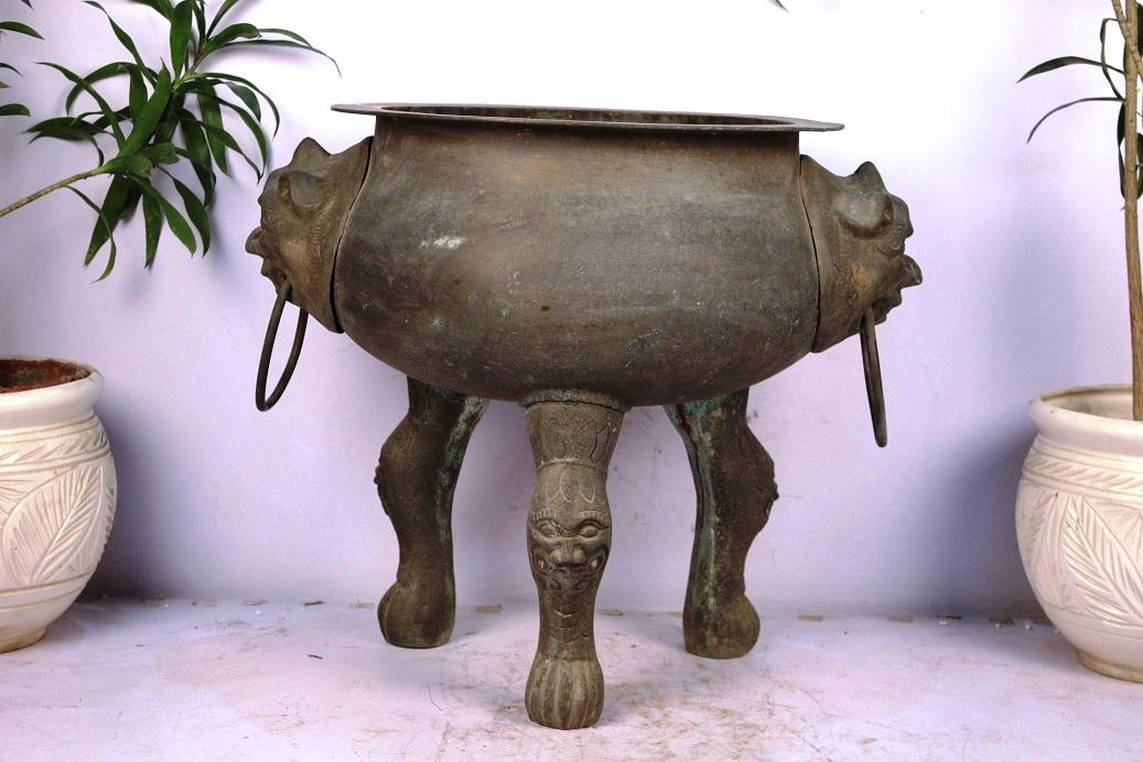 Bronze Planter-21.5 X 25 Inches
