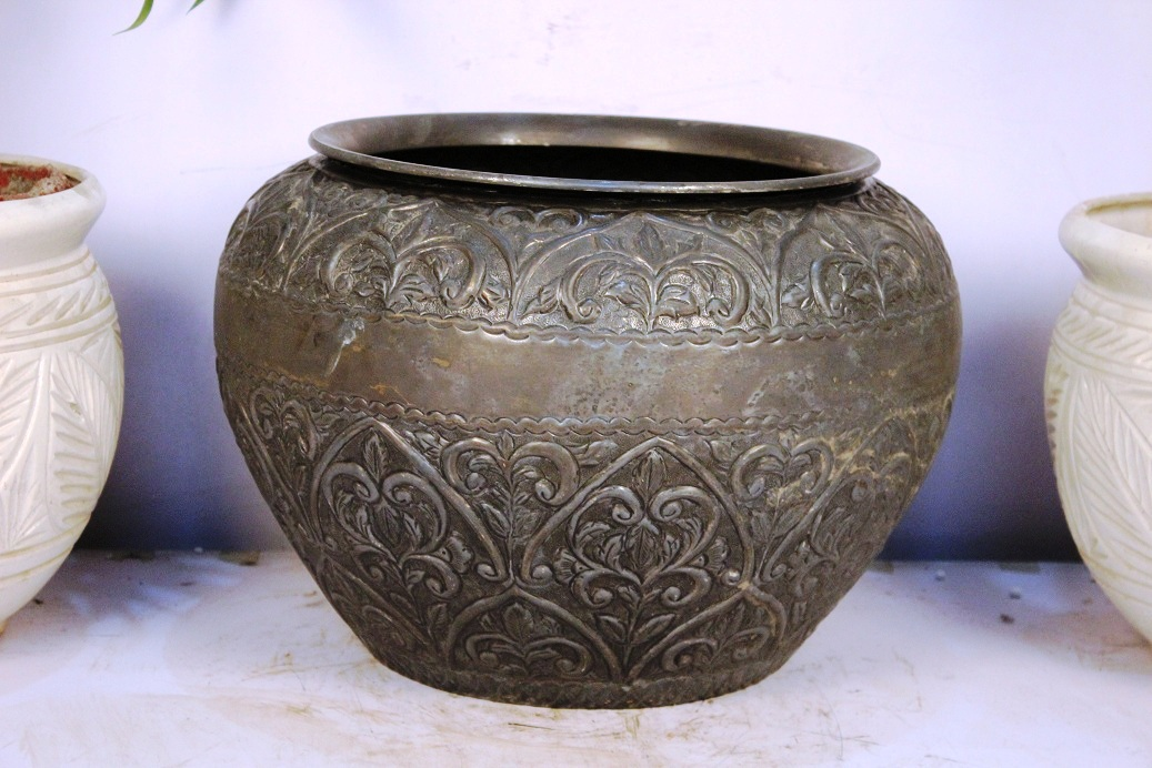 Bronze Planter-11.5 X 15.5 Inches