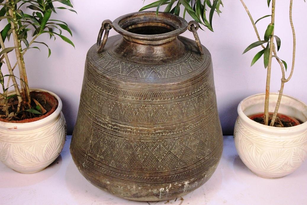 Bronze Planter-24.5 X 24.5 Inches