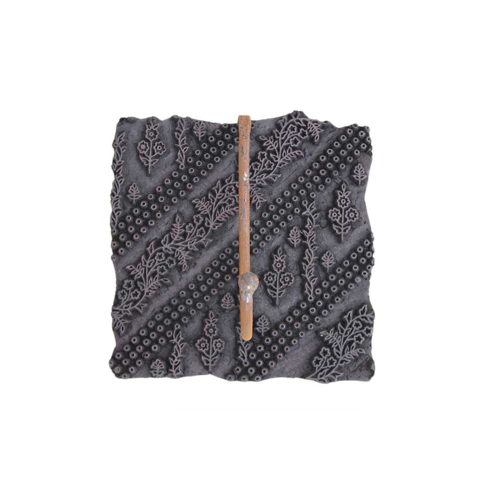 Old Wooden Block Hooks-02