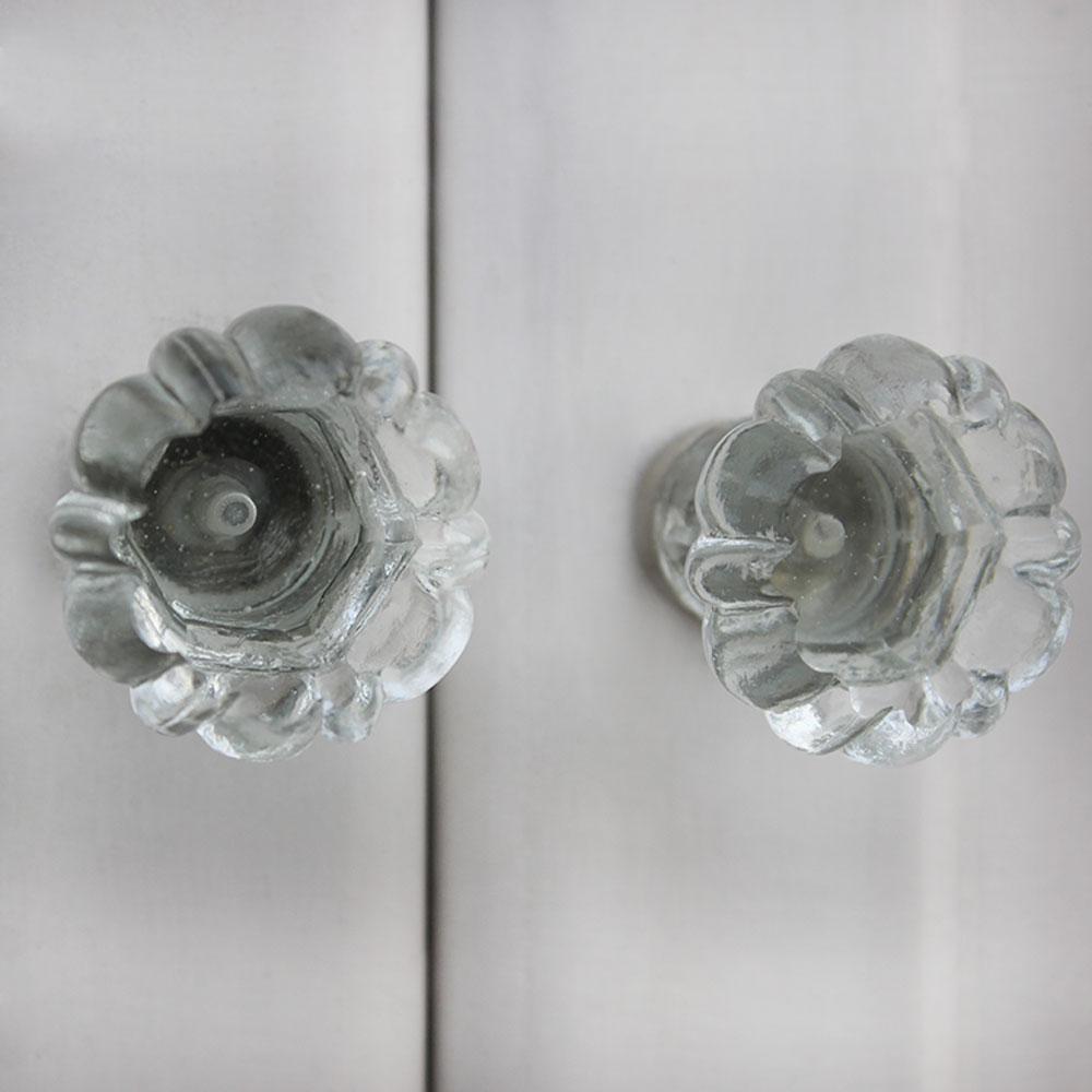 Pillar Glass Flower Shape Knobs
