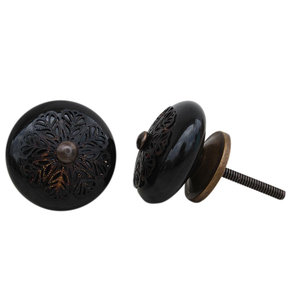 Black Strewn Flat Knob