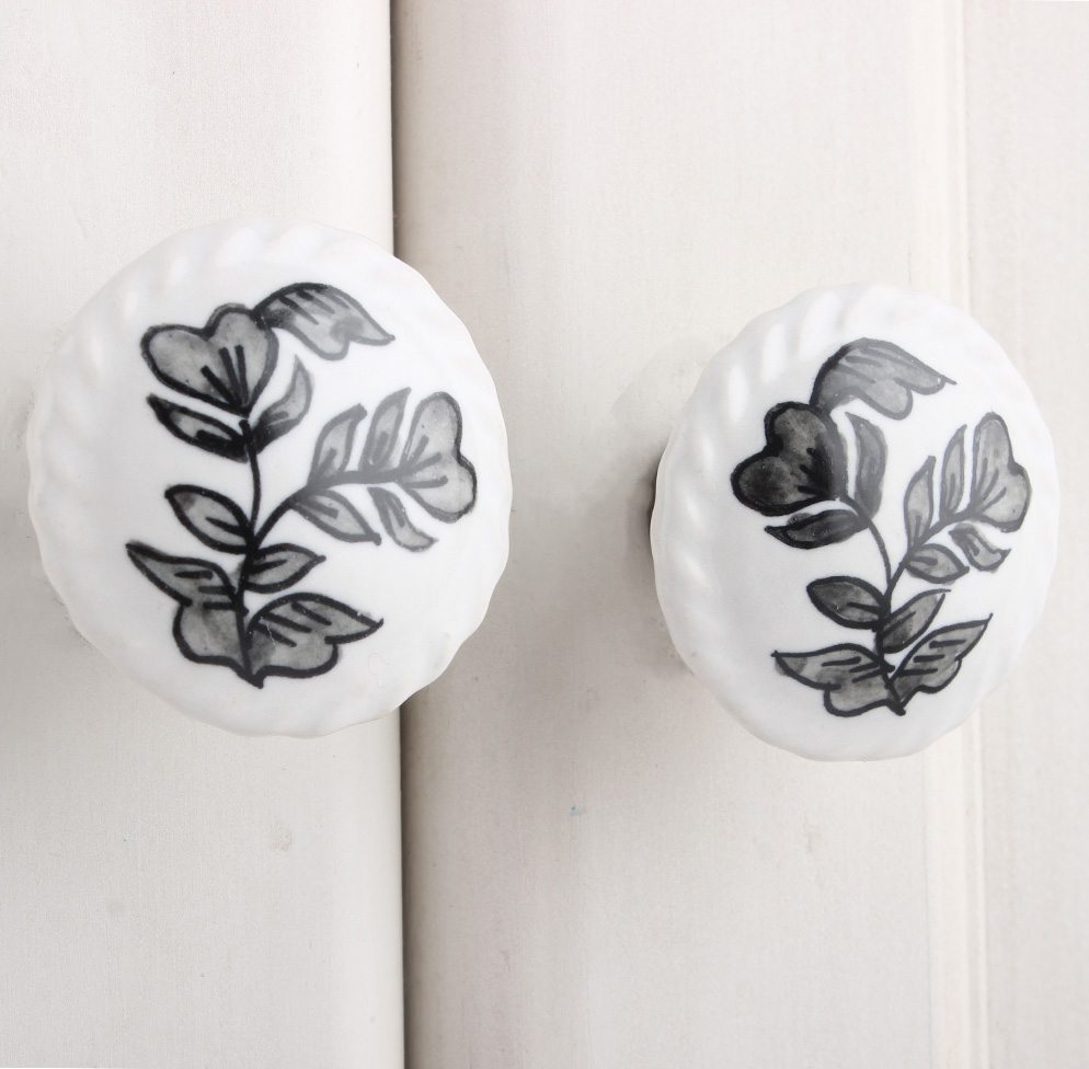 Pansies Flower Flat Knob