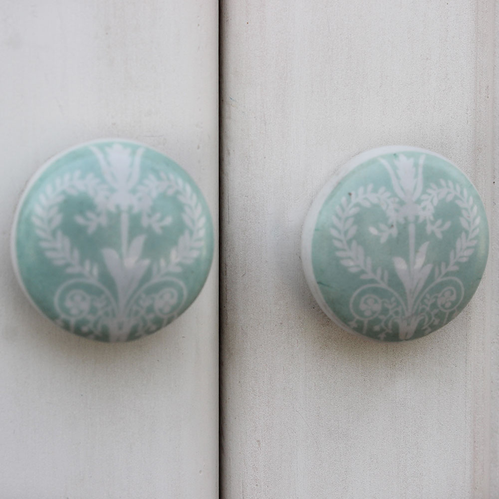 Sage Green Veronica Flower Flat Knob