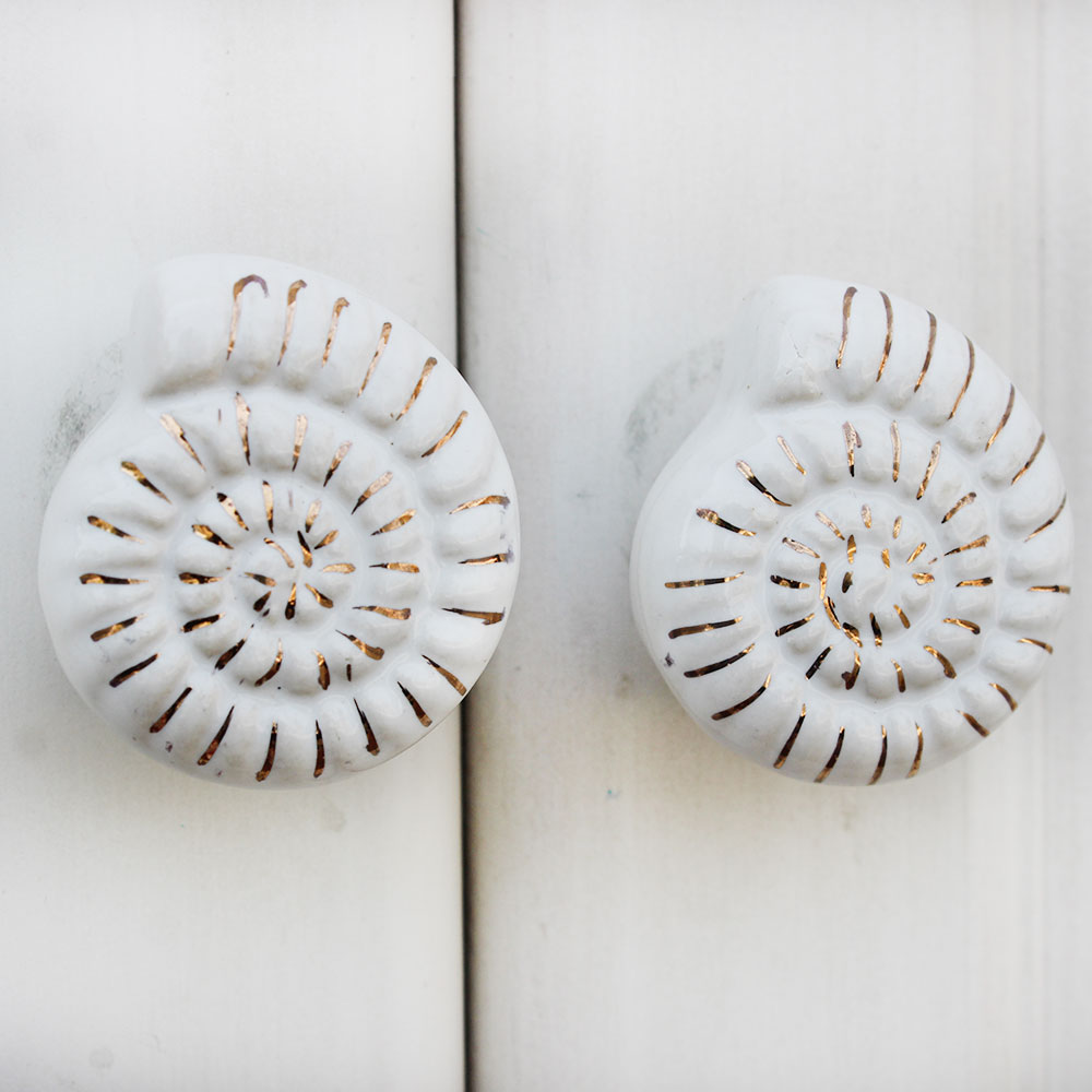 White Shell Flat Ceramic Knob