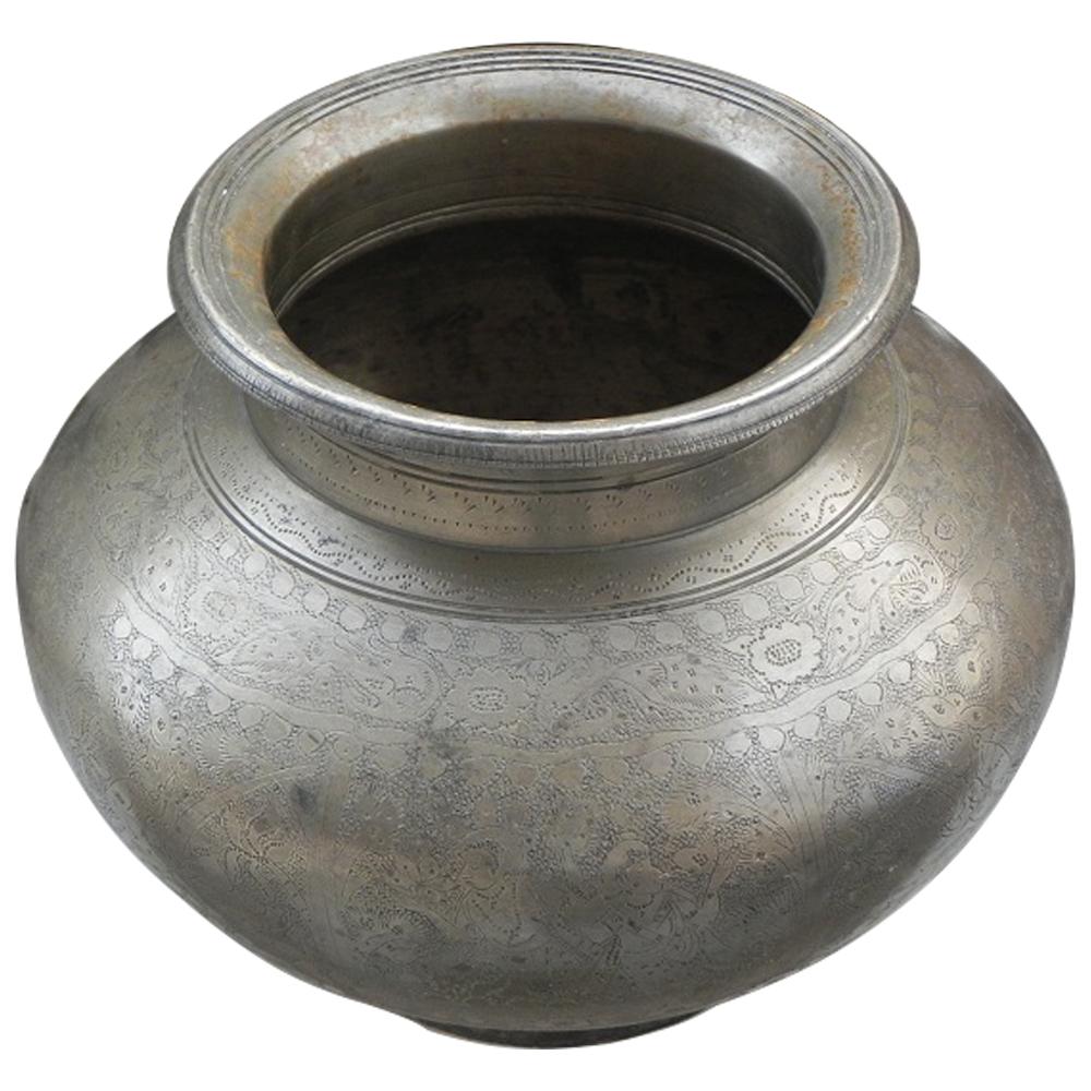 Hindu God Figure Pooja Holy Big Water Pot Kalash