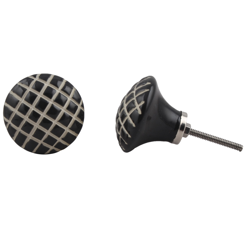 Black Etched Stripe Flat Knob