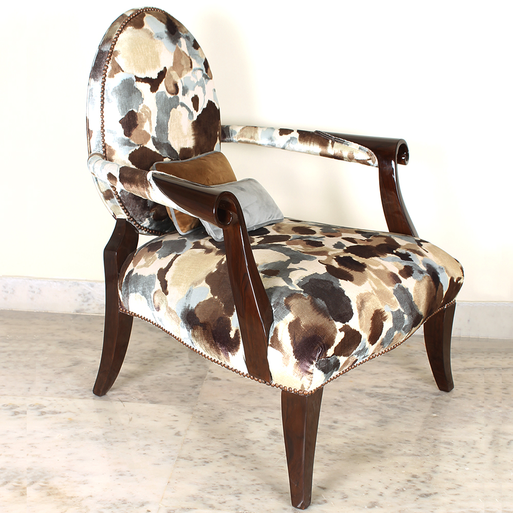 Beautiful Lacrima Chair