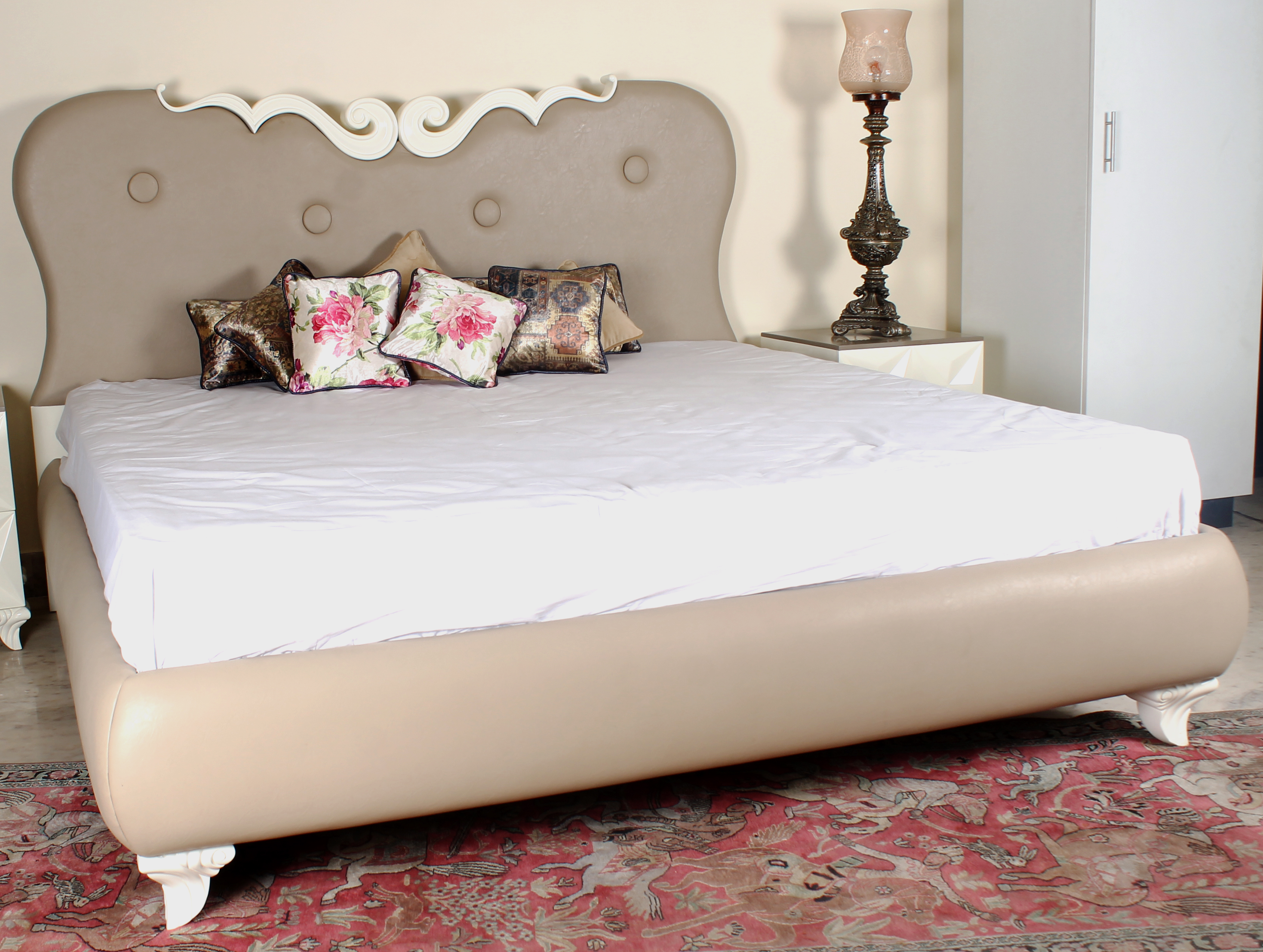 Cream Carina Bed