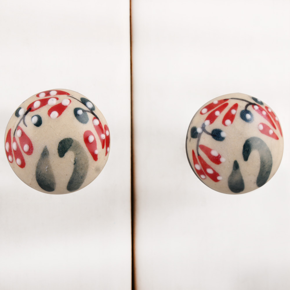 Red Black Dotted Leaf Ceramic Bulb Knob