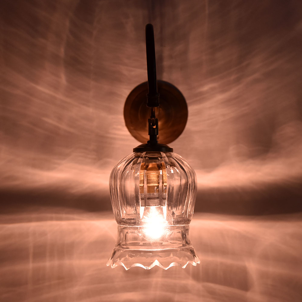 Clear Glass Tulip Wall Lamp