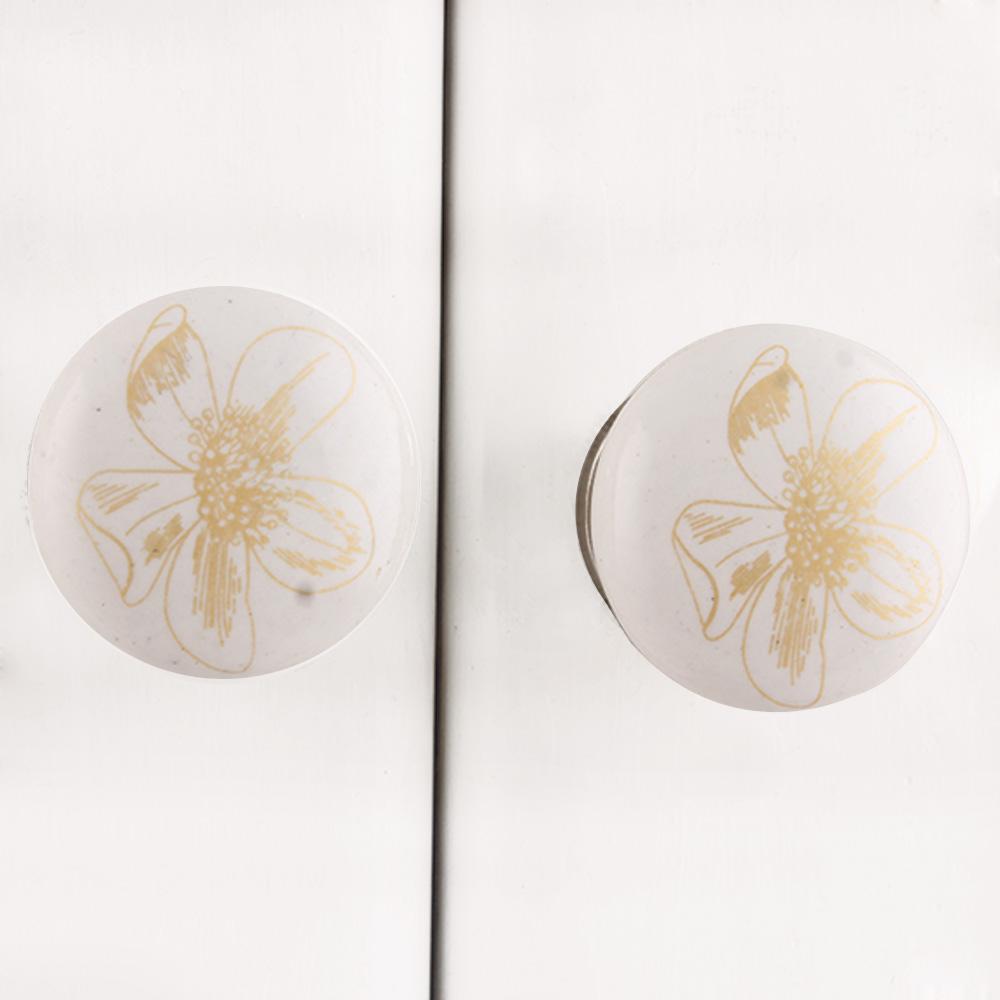Golden Lilium Flat Knob