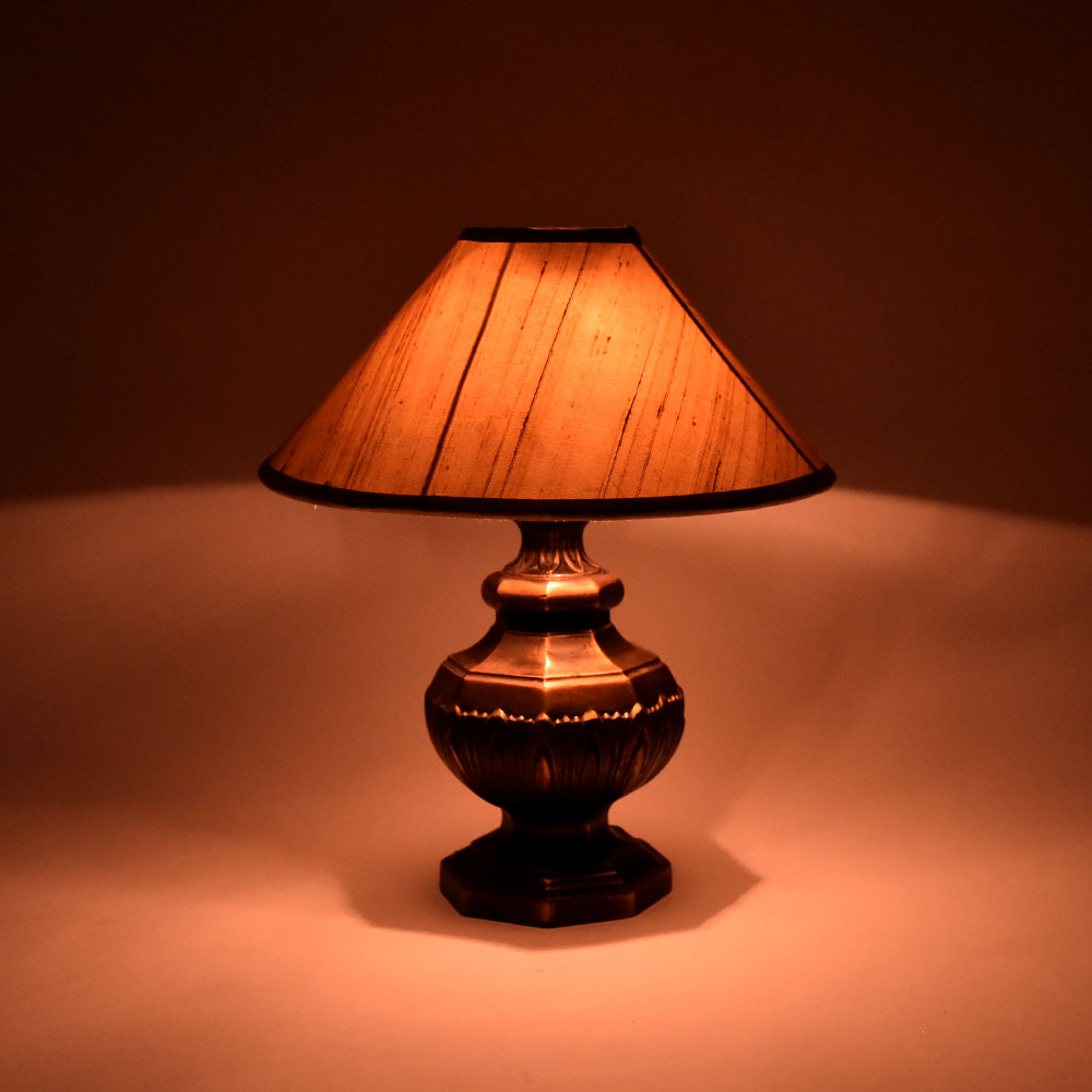 Solid Metal Table Lamp