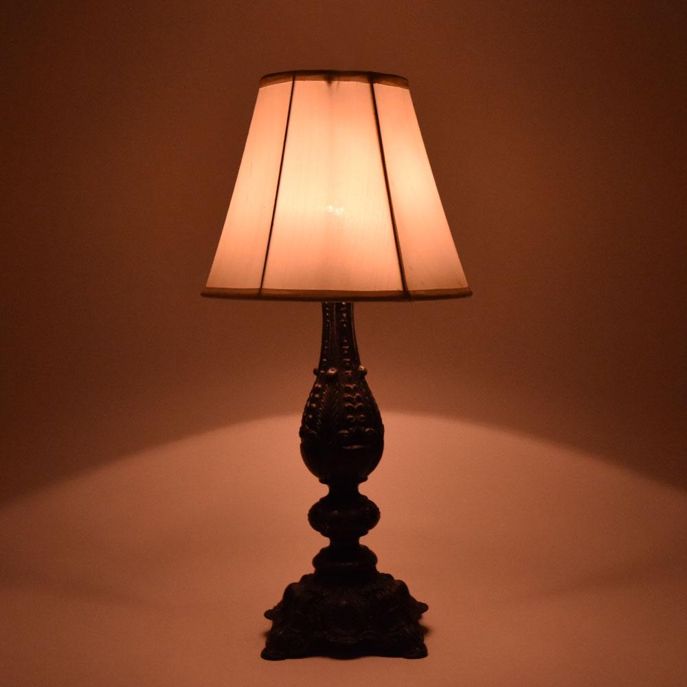 Vintage Metal Lamps Stand