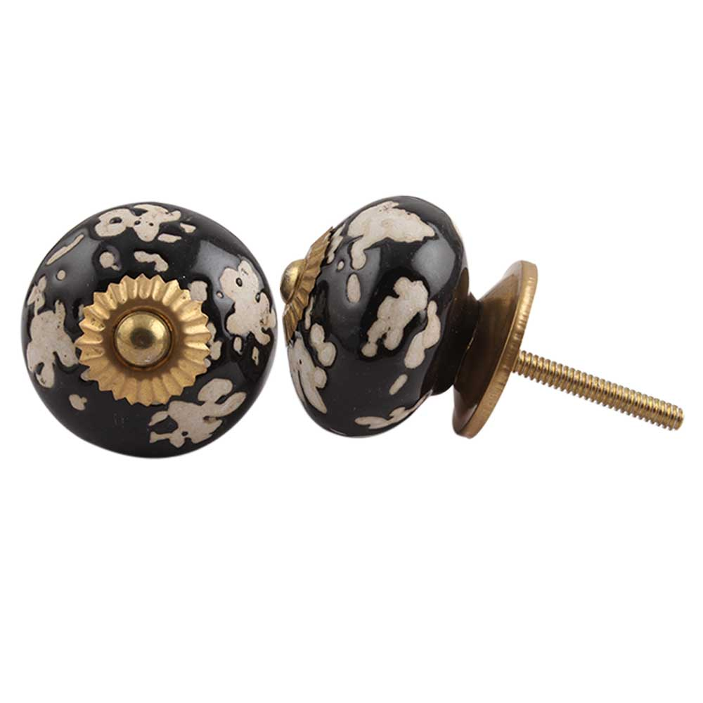 Black Painted Leaf Knob