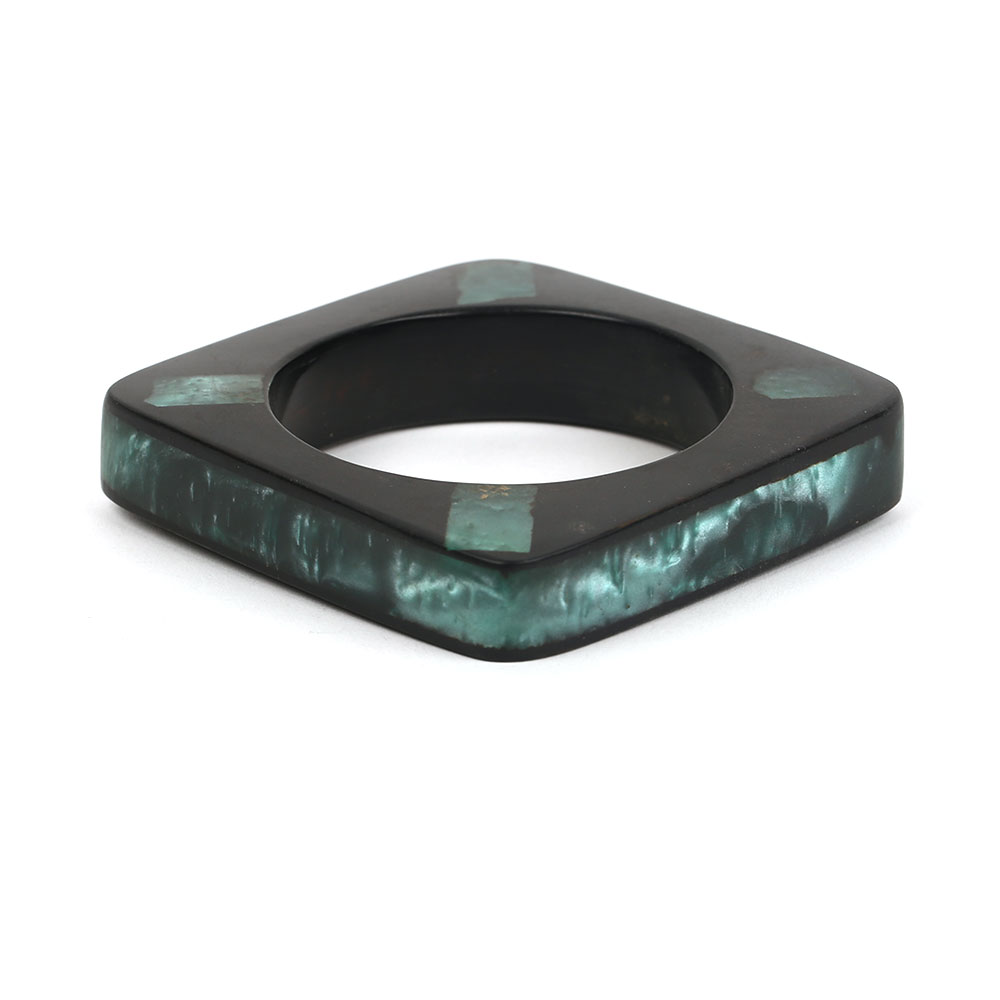 Four angle Resin bangle