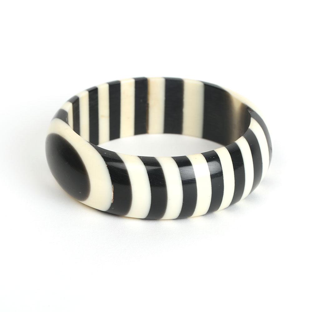 Zebra pattern bangle