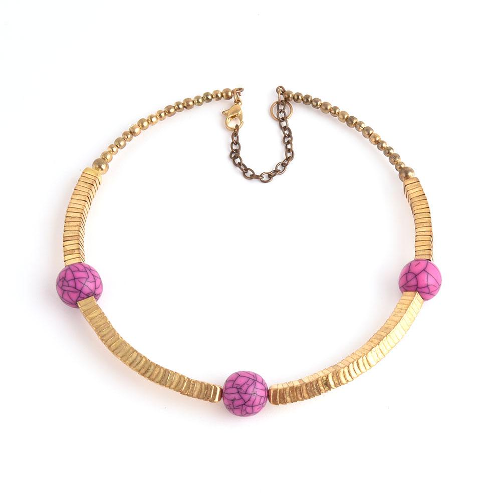 Elegant Golden Collar Necklace