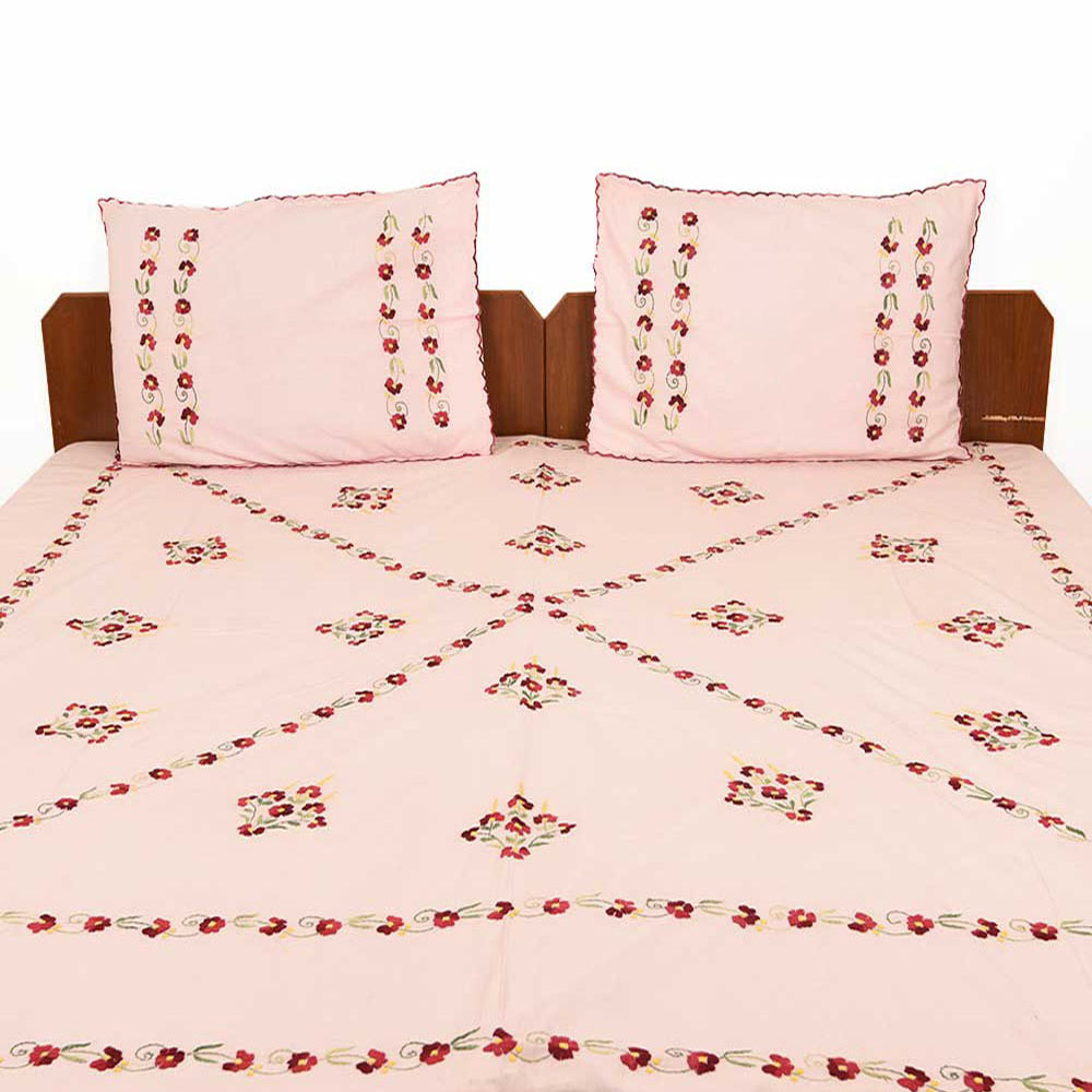 Baby Pink Cotton Bedsheet With Red Petals
