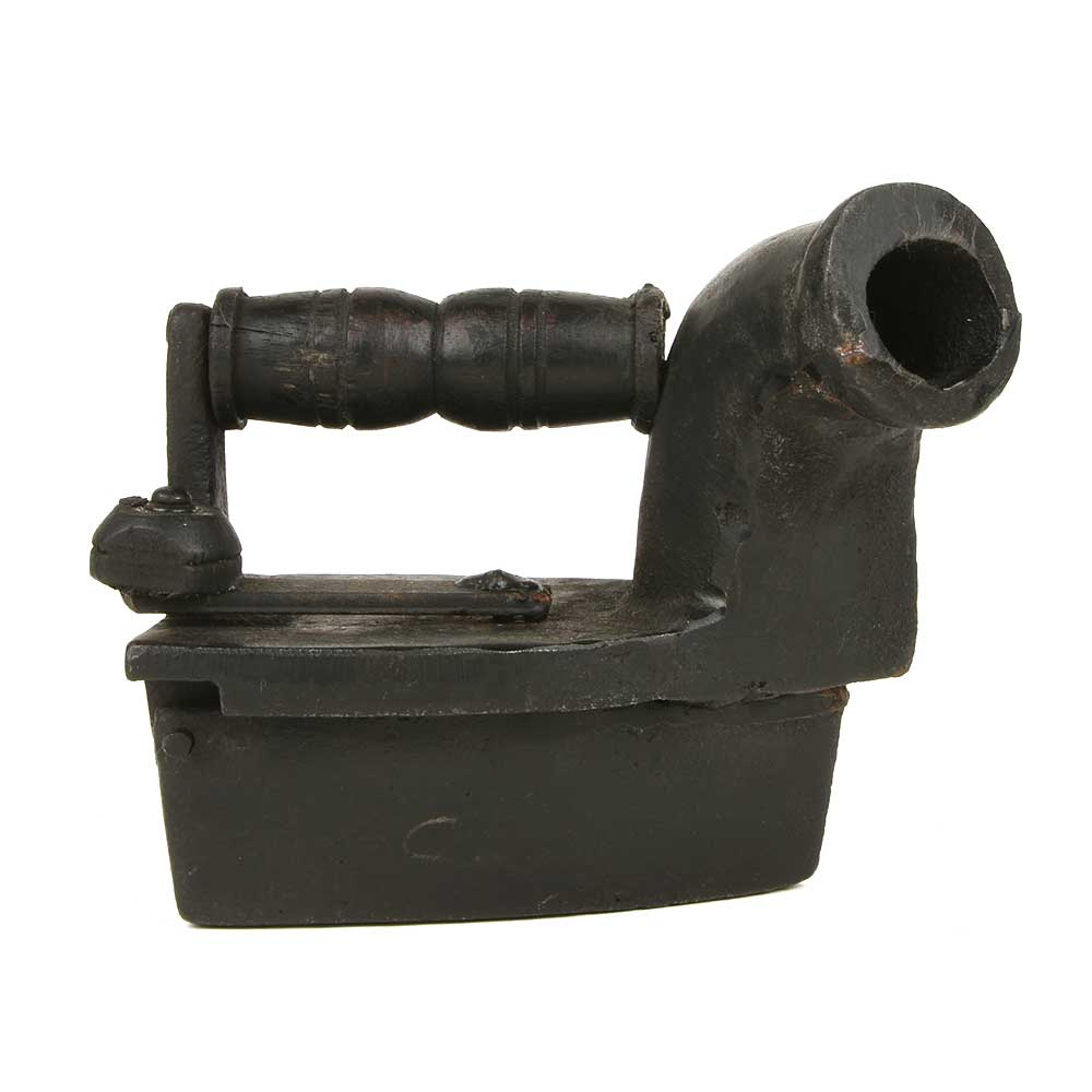 Charcoal Chimney Iron with Latch and Wooden Handle