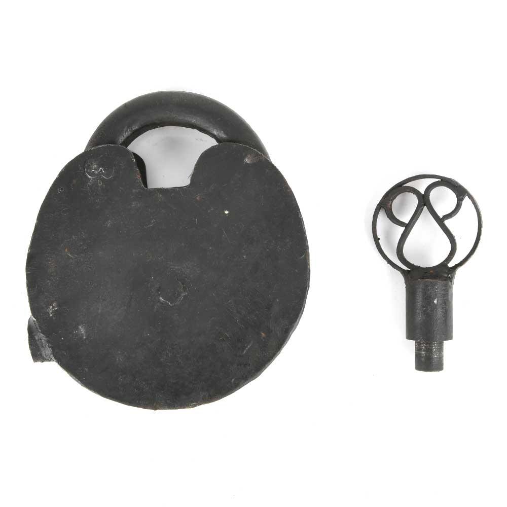 Vintage Iron Padlock Lock with 1 Original Key