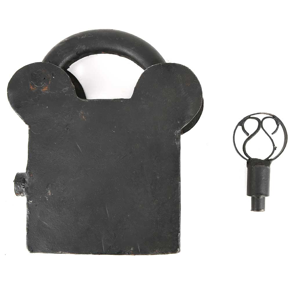 Vintage Indian Old Iron Hand Crafted Lock & Key in Working Condition