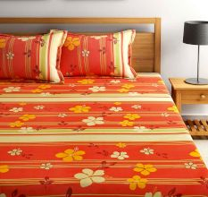 Bombay Dyeing Dew Drops Bedsheet With Two Pillow Covers: Floral