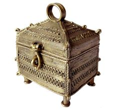 Miharu Dhokra Jewelry Box