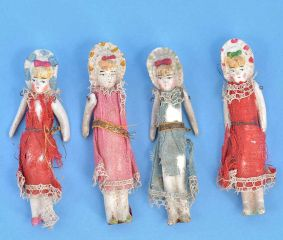 Vintage Handmade Porcelain Dolls In Set Of 4