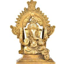Brass Ganpati With Kirtimukha Top And Prabhavali