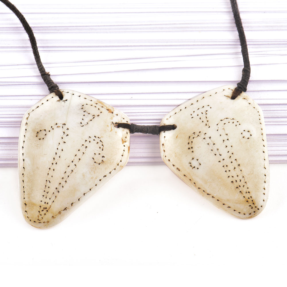 Figure Engraved 2 White Shell Necklace With Black Cord