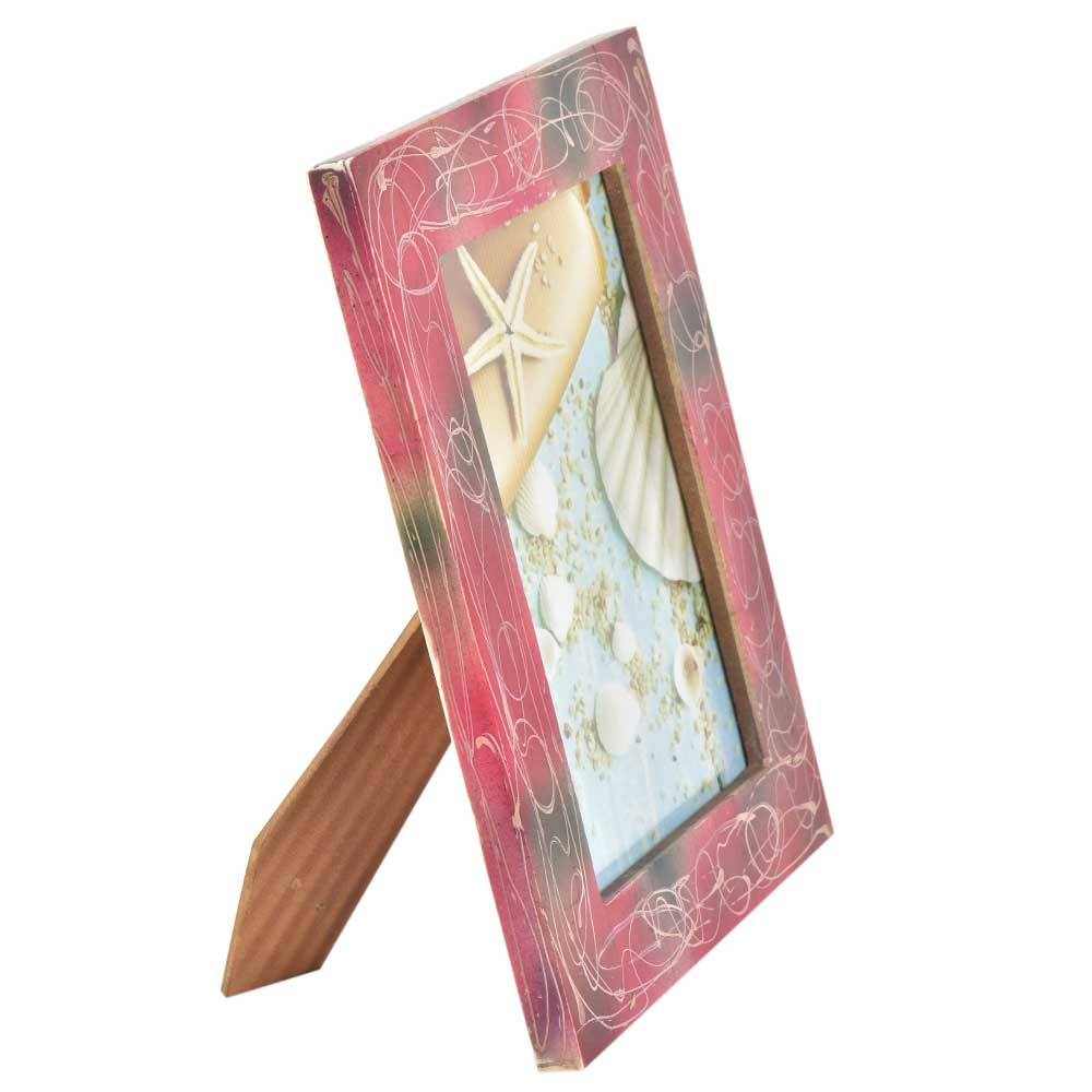 Red Photo Frame With White Abstract Design