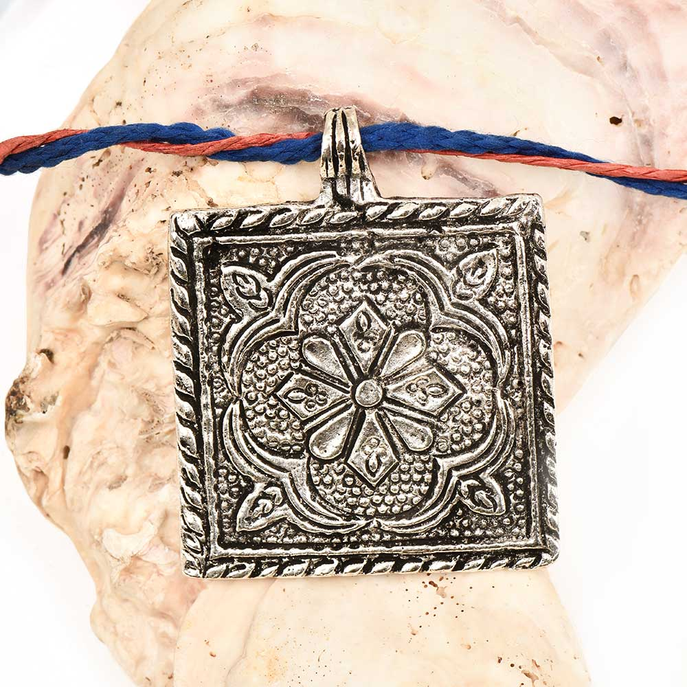 Aluminum Metal  Pendant Square Shape With Flower Carved And Leafy Border