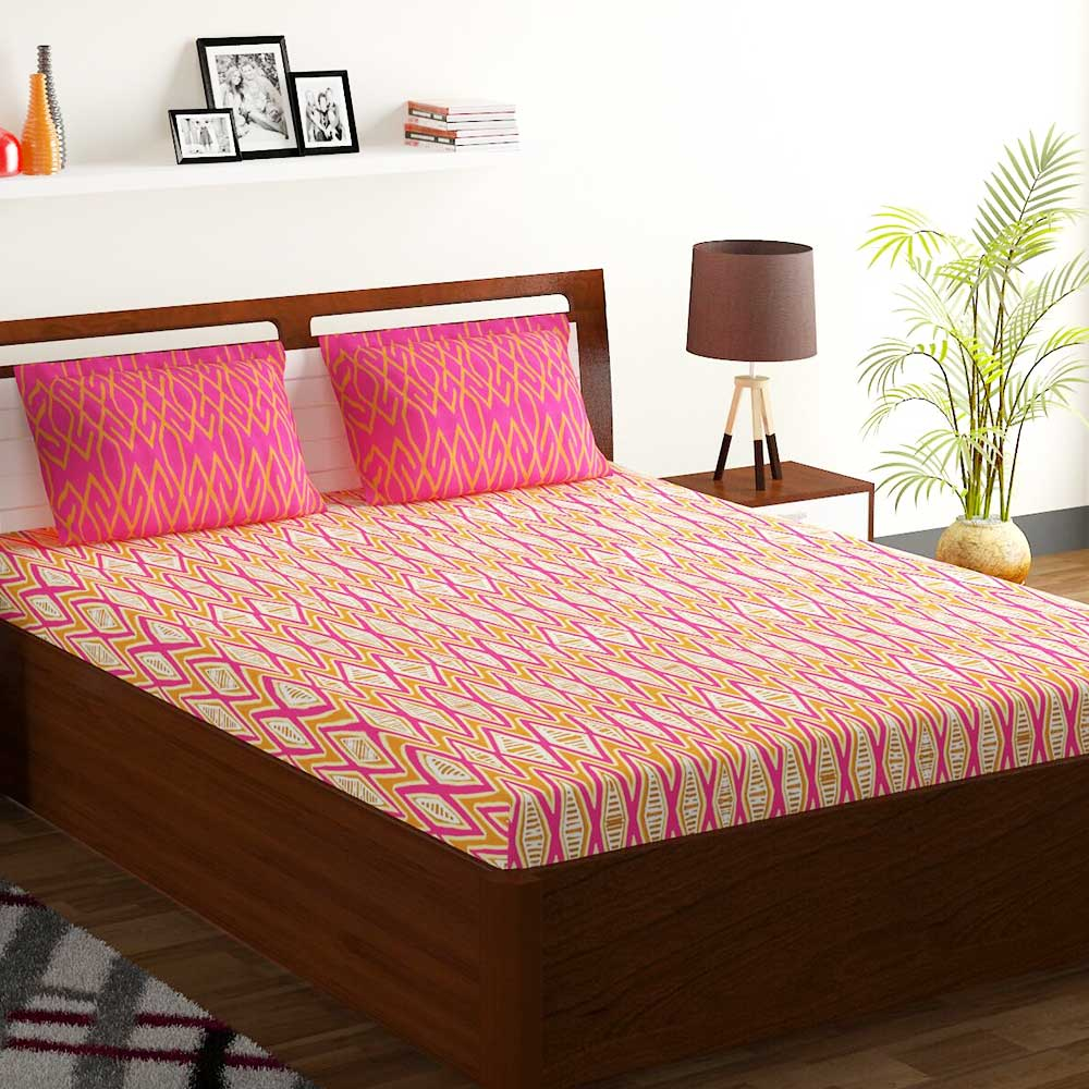 Bombay Dyeing  Pink And Orange Abstract 120 TC Cotton Double 1 Bedsheet With 2 Pillow Covers