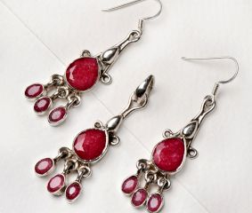 92.5 Sterling Silver Pink Tourmaline Earrings And Pendant Set