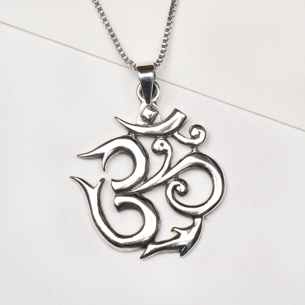 92.5 Pure 9Sterling Silver Om Pendant for Men and Women