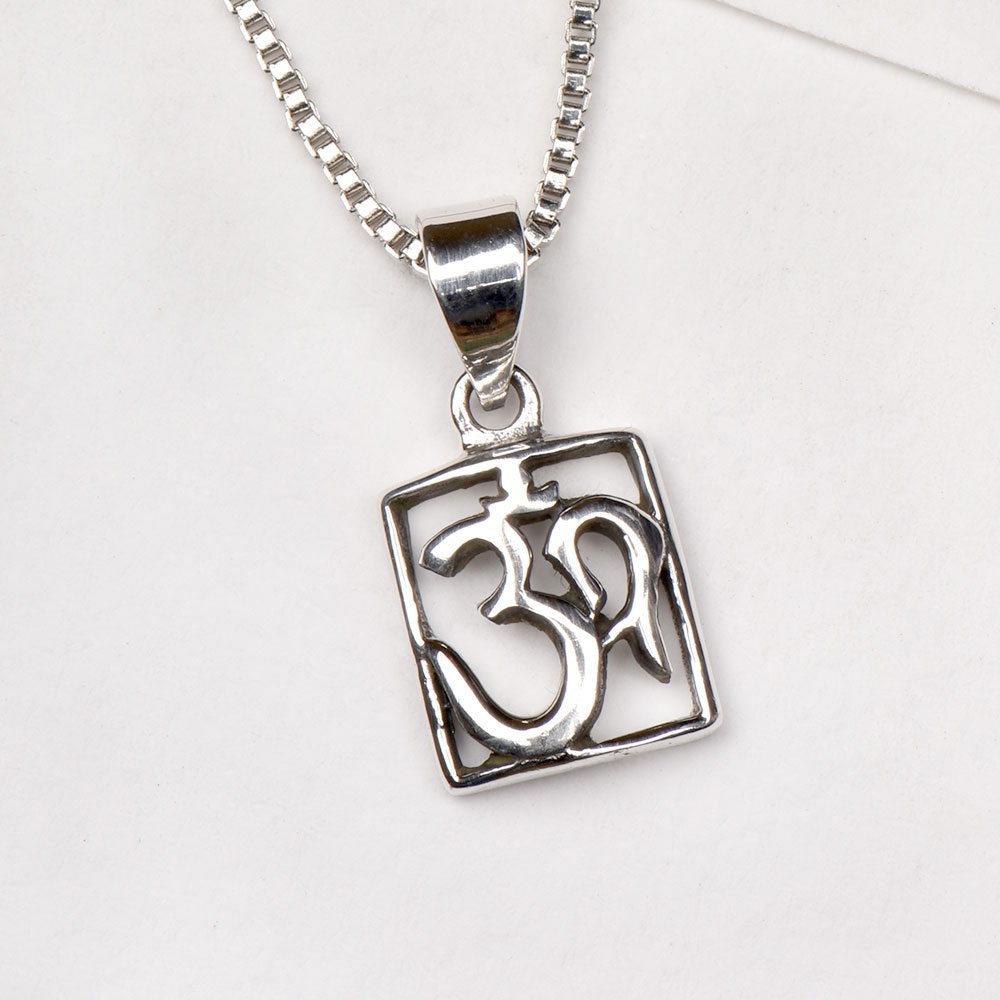92.2 Sterling Silver Pendant Om Symbol In Square Frame