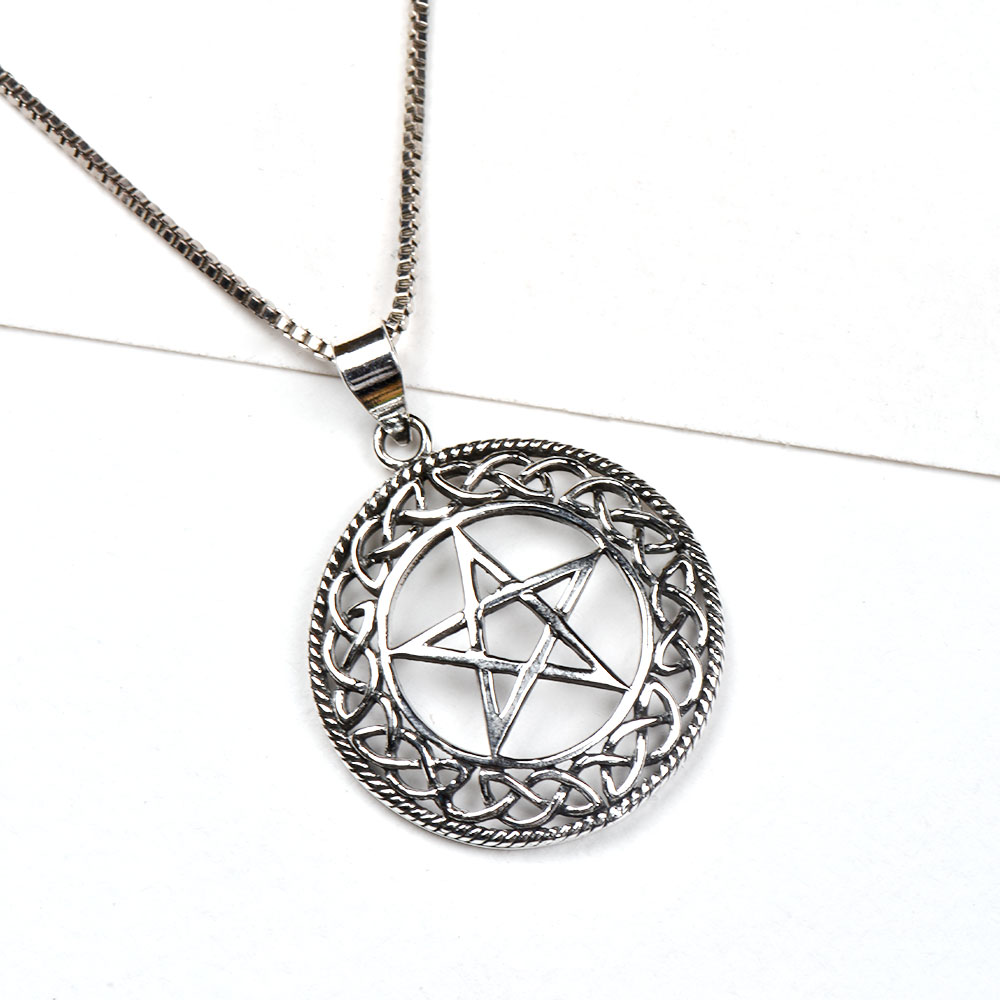 92.5 Sterling Silver Pendant Pentagram Star In Celtic Knot Border