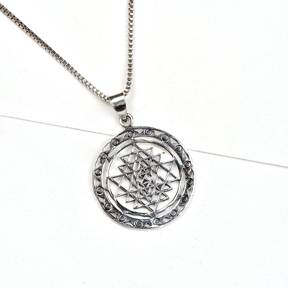 92.5 Sterling Silver Pendant Round Shri Yantra With Decorative Border