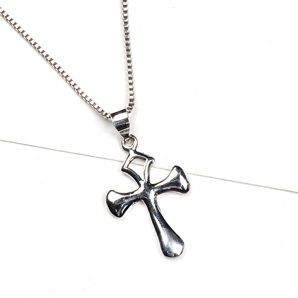 92.5 Sterling Silver Pendant With Plain looking Holy Cross Symbol