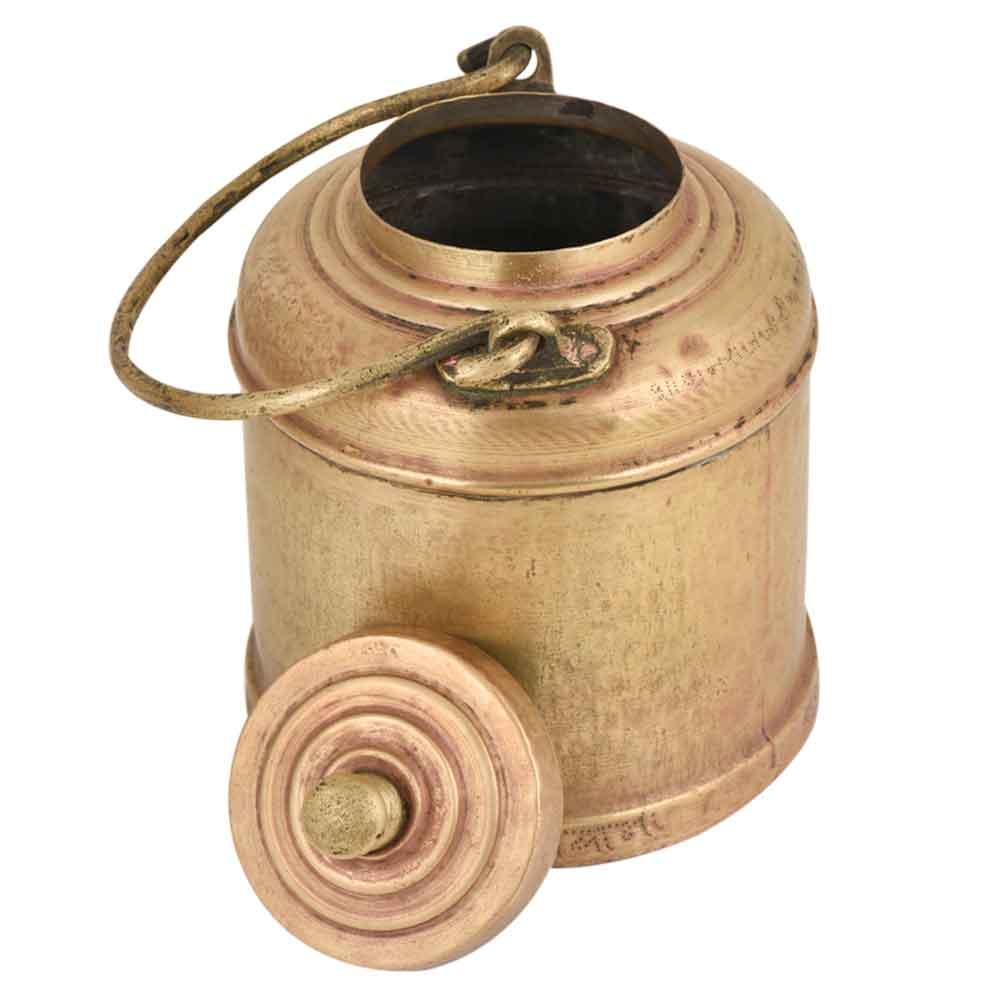 Bass Milk Pot Round Base Golden Finial