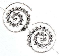 Open Circle Leaf Pattern 92.5 Silver Sterling Earrings